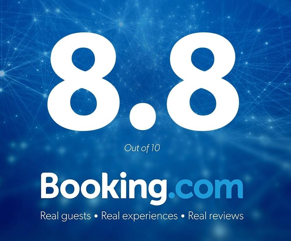 bookingdotcomaward.jpg